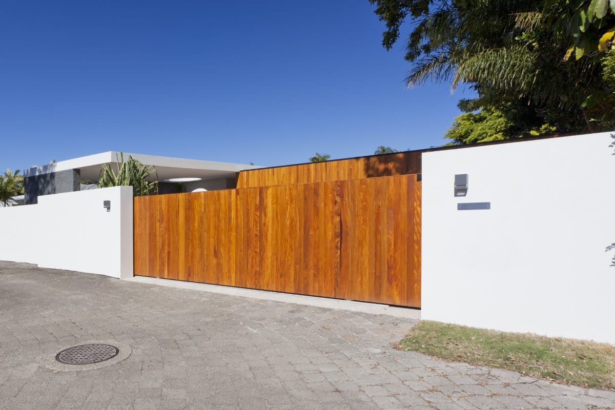 houten poort oprit